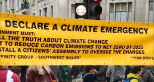 HEATHROW THIRD RUNWAY RUNAWAY COURT APPEAL LORD JUSTICE LINDBLOM CLIMATE CHANGE