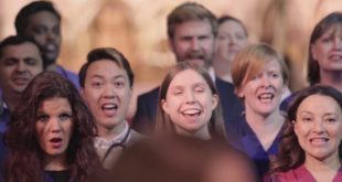 The NHS Superchoir sing the RESOLUTION SONG