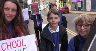 Week 6 of Nairn Academy pupils Climate Emergency protest